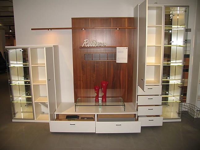 wohnw nde rietberger m belwerke mod antares sch ne gro e wohnwand in lack wei und nussbaum. Black Bedroom Furniture Sets. Home Design Ideas
