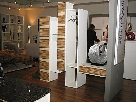 garderoben skyline raumteiler garderobe skloib m bel. Black Bedroom Furniture Sets. Home Design Ideas