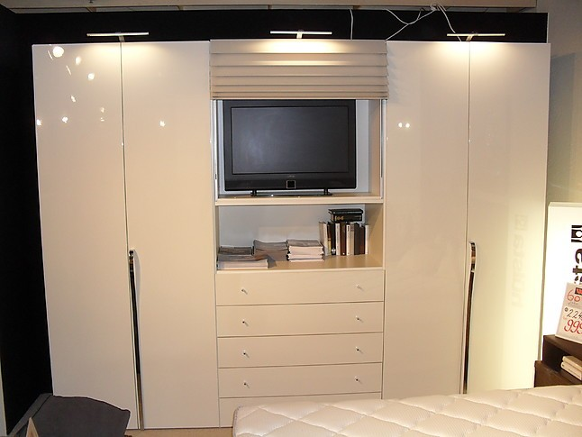 kleiderschr nke multi forma ii kleiderschrank multi forma ii von h lsta h lsta m bel von. Black Bedroom Furniture Sets. Home Design Ideas