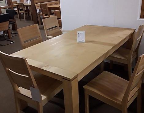 Tisch   Nyon