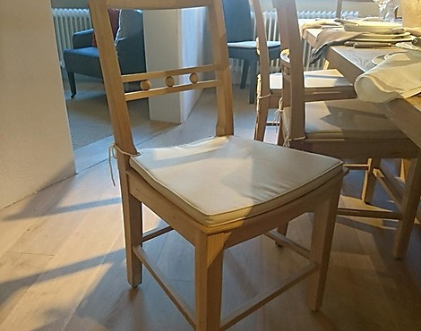 Neptune Esstisch Stuhl - Suffolk Dining Chair