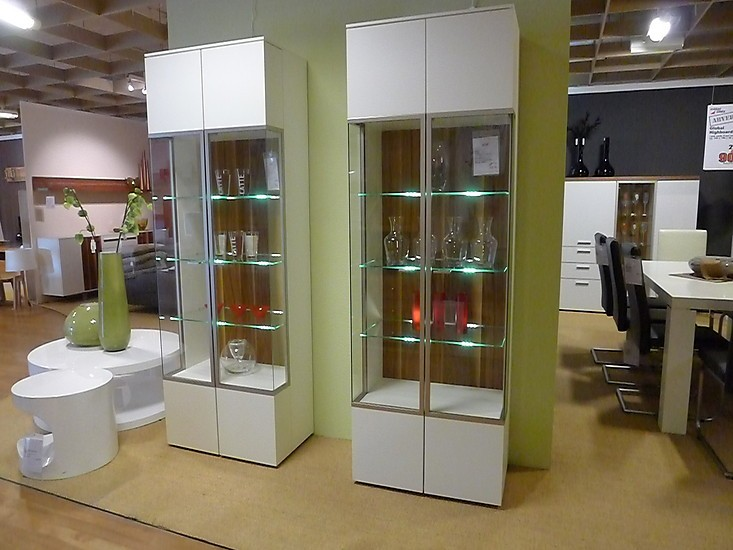 schr nke und vitrinen arona vitrinen paar global wohnen. Black Bedroom Furniture Sets. Home Design Ideas