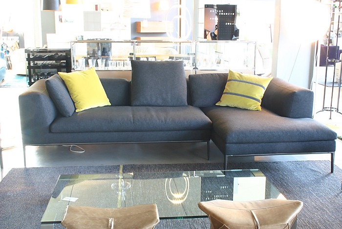 sofas und couches michel sofa mit recamiere b b italia. Black Bedroom Furniture Sets. Home Design Ideas