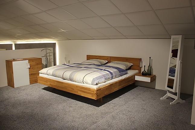 betten 1990 moderne bettanlage eiche massiv liegefl che 200 200 cm natura m bel von m bel bley. Black Bedroom Furniture Sets. Home Design Ideas