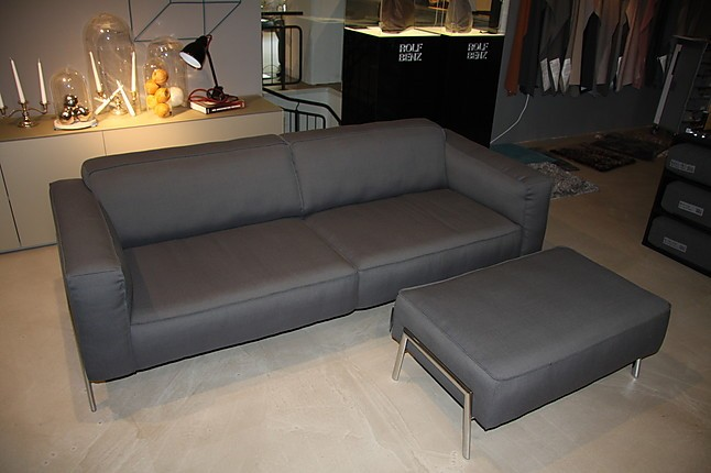 sofas und couches bacio sofa hocker rolf benz m bel von. Black Bedroom Furniture Sets. Home Design Ideas
