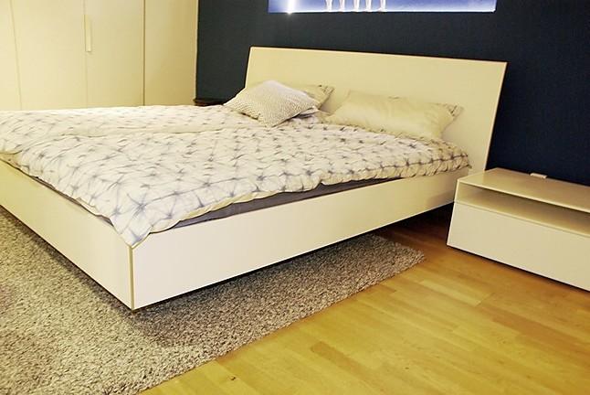 betten nocto plus lack bett mit einlagen interl bke m bel von meiser k chen gmbh in hanau steinheim. Black Bedroom Furniture Sets. Home Design Ideas