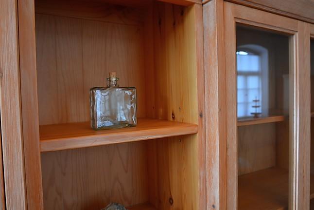 kleiderschr nke 30020 b cher vitrinenschrank pinie geb rstet pino decape marktex m bel von. Black Bedroom Furniture Sets. Home Design Ideas