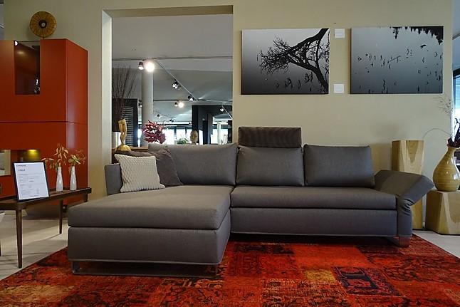 sofas und couches lazlo bequemes schlafsofa mit longchair links signet m bel von couchzone beer. Black Bedroom Furniture Sets. Home Design Ideas