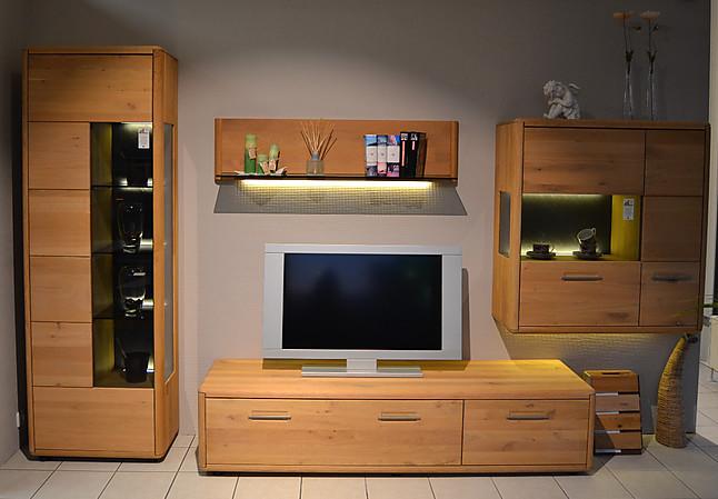 Moderne Wohnwand In Massivholz Wildeiche Bianco Beburstet Mit Schiefer Ruckwand