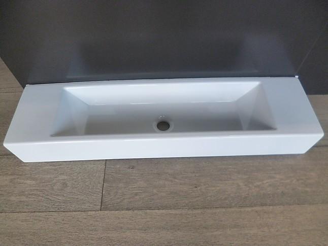 waschtische waschbecken verso wei keramik waschbecken. Black Bedroom Furniture Sets. Home Design Ideas
