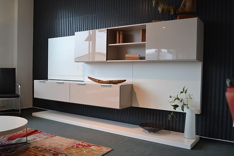 wohnw nde amineo wohnwand gruber schlager m bel von wohn und k chendesign meyer gmbh in. Black Bedroom Furniture Sets. Home Design Ideas