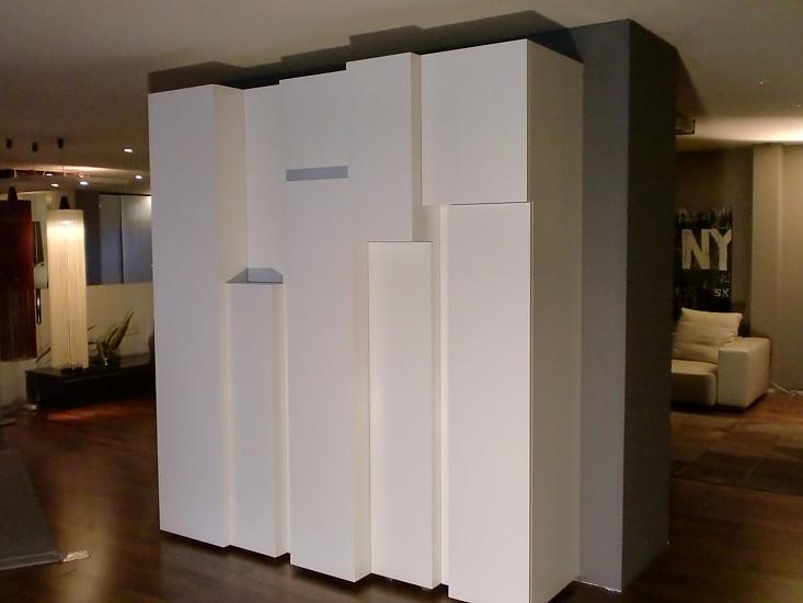 schr nke und vitrinen interl bke schranksystem reef wei. Black Bedroom Furniture Sets. Home Design Ideas