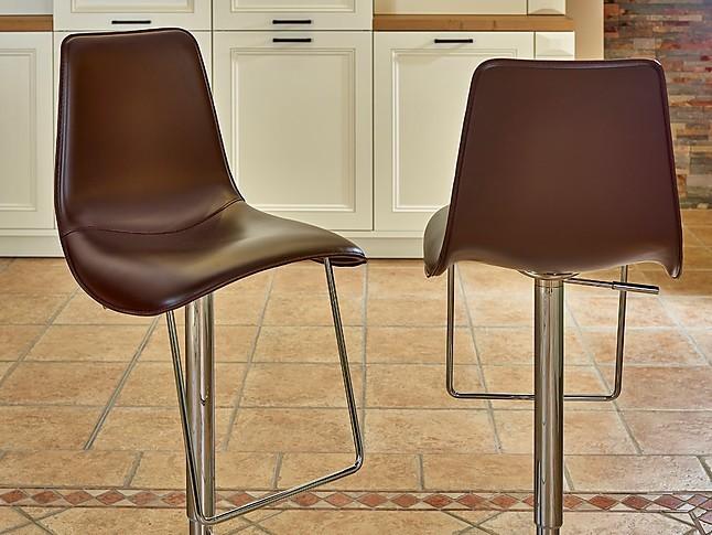 barhocker lei hi 2 barhocker sonstige m bel von. Black Bedroom Furniture Sets. Home Design Ideas