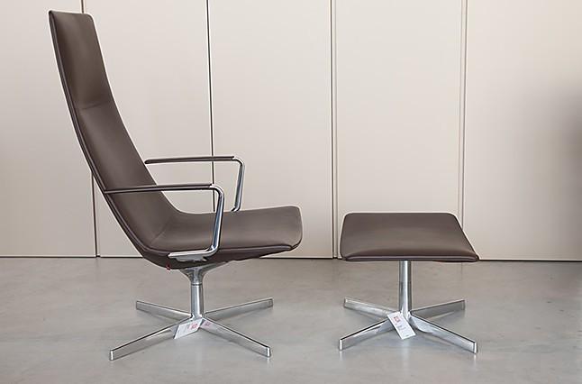 sofas und couches catifa 60 sessel mit fu bank arper m bel von wohnhaus aschaffenburg in. Black Bedroom Furniture Sets. Home Design Ideas