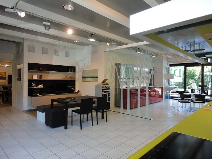 wohnw nde wohnwand zum aktionspreis wg ausstellungsumbau broiserie valcucine m bel von dross. Black Bedroom Furniture Sets. Home Design Ideas