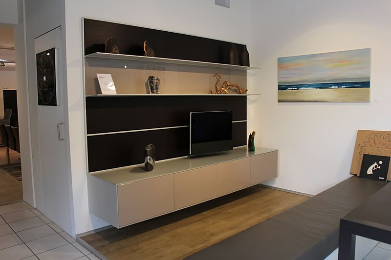 wohnw nde wohnwand broiserie valcucine m bel von dross schaffer gmbh m nchen in m nchen. Black Bedroom Furniture Sets. Home Design Ideas