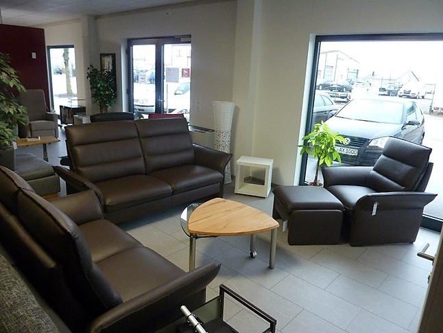 sofas und couches sitzgruppe in echtleder sitzgruppe bestehend aus 3 sitzer 2 sitzer und sessel. Black Bedroom Furniture Sets. Home Design Ideas