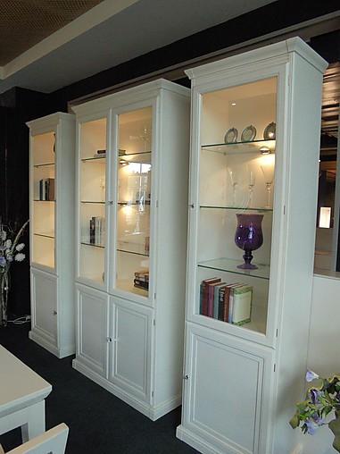 schr nke und vitrinen epoca vitrinenkombination epoca. Black Bedroom Furniture Sets. Home Design Ideas