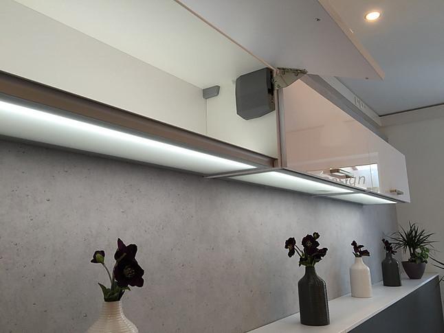 charmant nobilia h ngeschr nke ideen die kinderzimmer design ideen. Black Bedroom Furniture Sets. Home Design Ideas