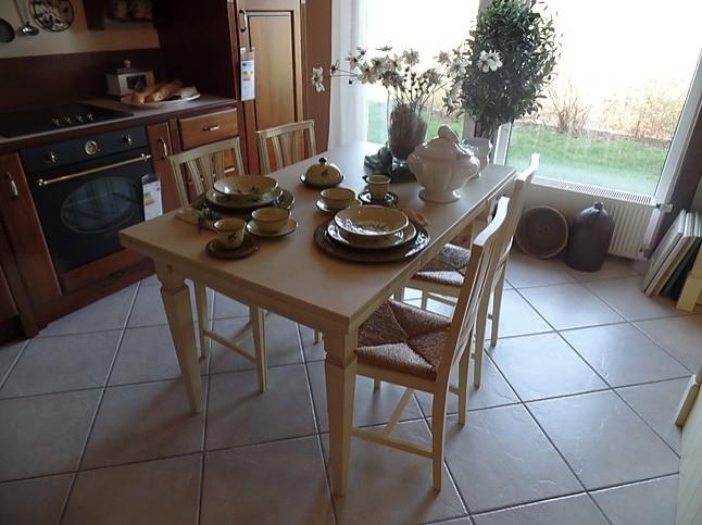 Esstische tisch mit 4 st hlen italienische tischgruppe for Italienische esstische