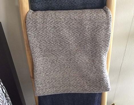 m belabverkauf haushalt und zubeh r textilien reduziert. Black Bedroom Furniture Sets. Home Design Ideas