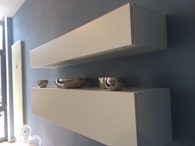 regale und sideboards all day md house wohnwand in lack wei matt und nussbaum inkl 2. Black Bedroom Furniture Sets. Home Design Ideas
