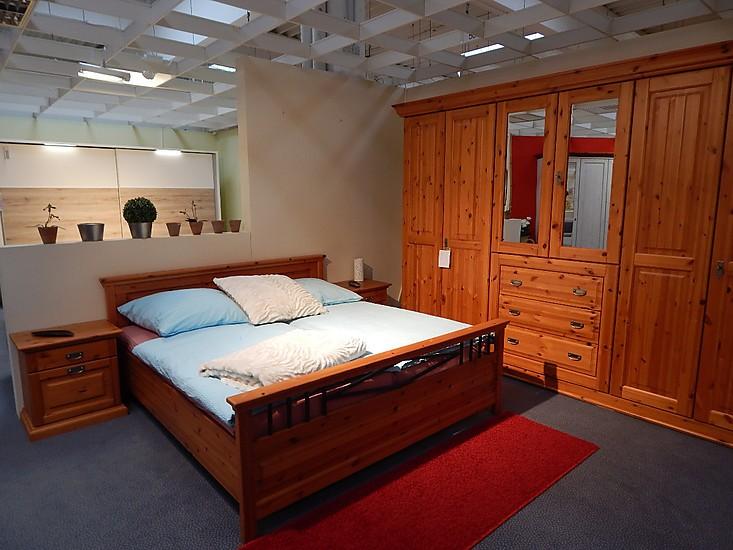 betten schlafzimmer lanotte kiefer massiv bernstein sonstige m bel von m bel happel gmbh in. Black Bedroom Furniture Sets. Home Design Ideas