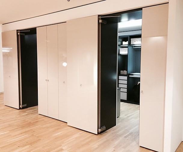 kleiderschr nke collect begehbare kleiderschrank anlage interl bke m bel von meiser k chen gmbh. Black Bedroom Furniture Sets. Home Design Ideas