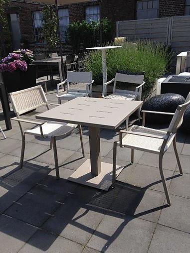 gartenm bel sets balkongruppe easy tisch und 2 st hle. Black Bedroom Furniture Sets. Home Design Ideas