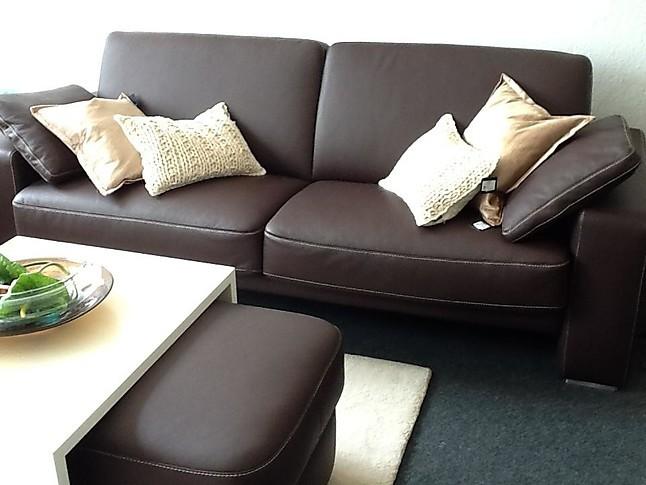 Sofas Und Couches Aura Ledergarnitur Mit Hocker Global Wohnen Möbel
