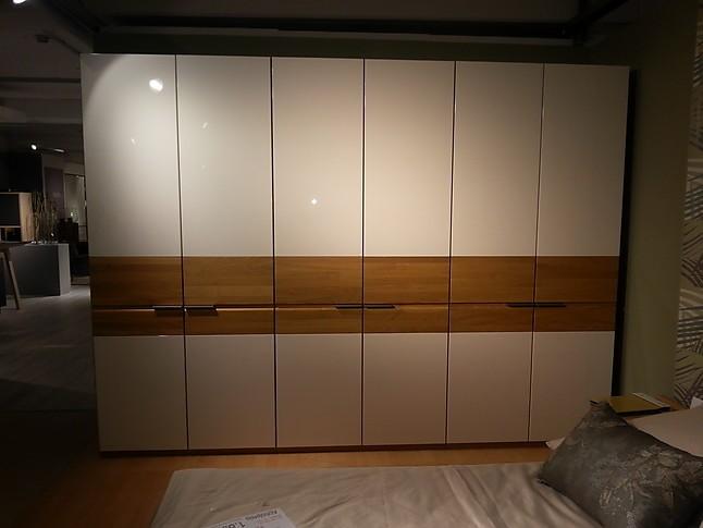 Global 2700 Schlafzimmerschrank