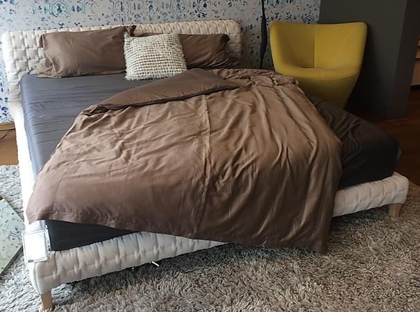betten polsterbett ruch von ligne roset sonstige m bel von meiser k chen gmbh in hanau steinheim. Black Bedroom Furniture Sets. Home Design Ideas