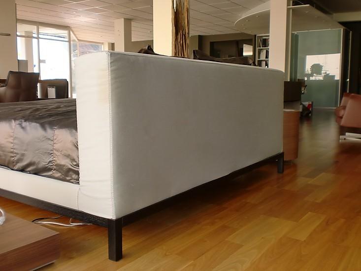 betten meridiani bett rogers letto meridiani bett rogers. Black Bedroom Furniture Sets. Home Design Ideas