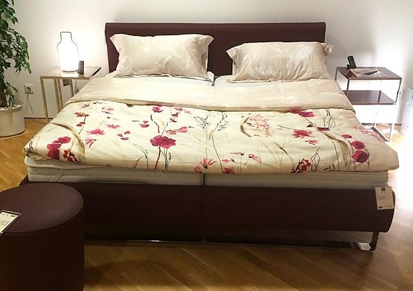 betten lederbett plaisir von christine kr ncke sonstige m bel von meiser k chen gmbh in hanau. Black Bedroom Furniture Sets. Home Design Ideas