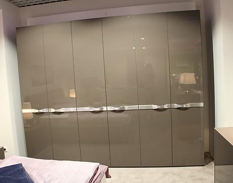 m belabverkauf schlafzimmer kleiderschr nke reduziert. Black Bedroom Furniture Sets. Home Design Ideas