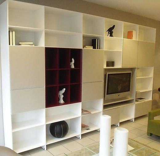 regale und sideboards puro regalwand mit tv einsatz piure m bel von meiser k chen gmbh in hanau. Black Bedroom Furniture Sets. Home Design Ideas