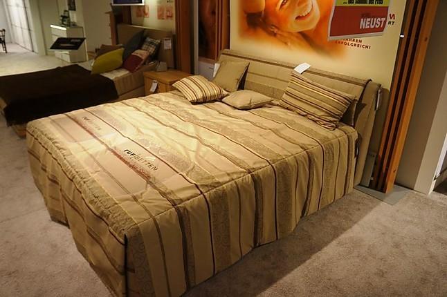 betten composium ruf polsterbett mit kopfteil hausmarke m bel von m bel neust in wirges. Black Bedroom Furniture Sets. Home Design Ideas