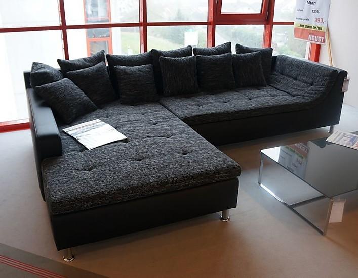 Sofas und couches mian wohnlandschaft hausmarke m bel von for Wohnlandschaft abverkauf