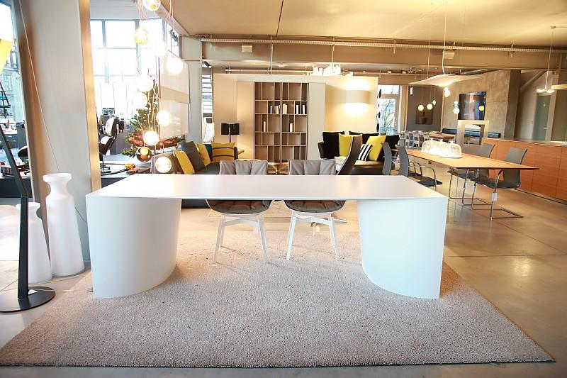esstische archie e tisch b b italia m bel von wohnhaus aschaffenburg in aschaffenburg. Black Bedroom Furniture Sets. Home Design Ideas