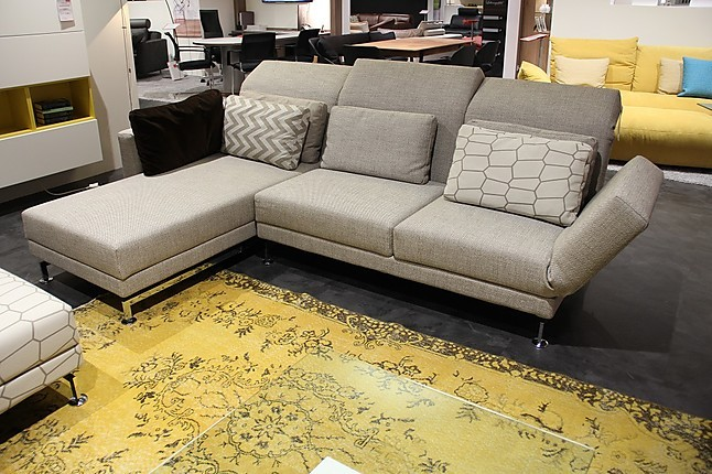 sofas und couches moule klassische eckgarnitur mit relaxfunktionen br hl m bel von wohnfitz. Black Bedroom Furniture Sets. Home Design Ideas