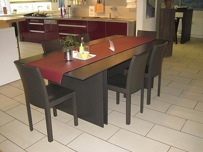 st hle esstischgruppe eiche schwarz braun korpus tisch mit 6 st hlen bulthaup m bel von hhkt. Black Bedroom Furniture Sets. Home Design Ideas