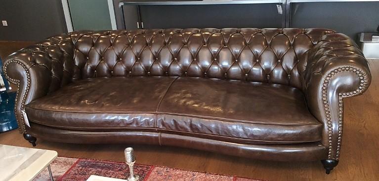 sofas und couches diana chester club sofa von baxter m bel von meiser k chen gmbh in hanau. Black Bedroom Furniture Sets. Home Design Ideas