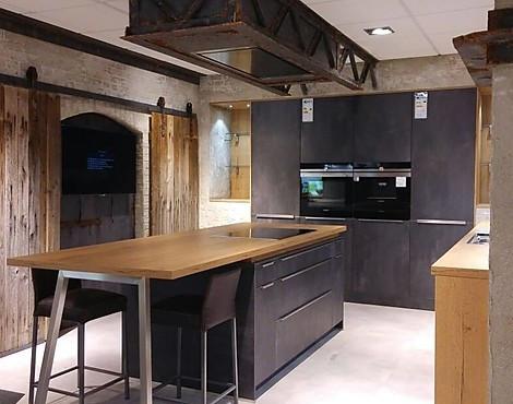 Presentation Und Umfeld Zu Ihrer Neuen Küche Oder Küchenausstellung   Aus  Unserer Dekorationswerkstatt