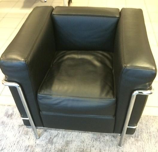 sessel sessel lc 2 cassina m bel von meiser k chen gmbh in hanau steinheim. Black Bedroom Furniture Sets. Home Design Ideas