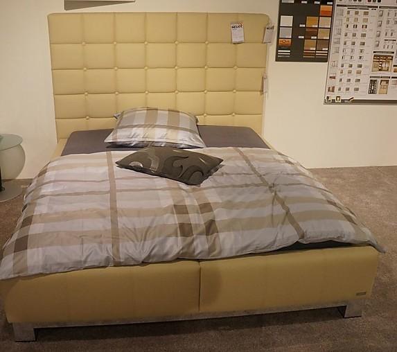 schlafzimmer boxspringbett gunstig. Black Bedroom Furniture Sets. Home Design Ideas