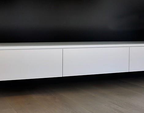 M belabverkauf wohnzimmer regale und sideboards reduziert for Sideboard fa r wohnzimmer
